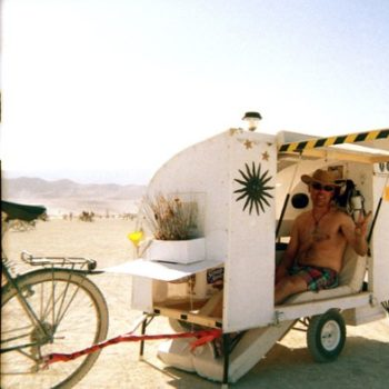 velo_caravane_burning_man_1